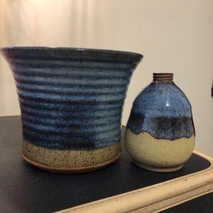 Blue and kacky clay planter